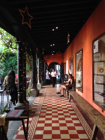 guatemala_antigua_cafeinterior