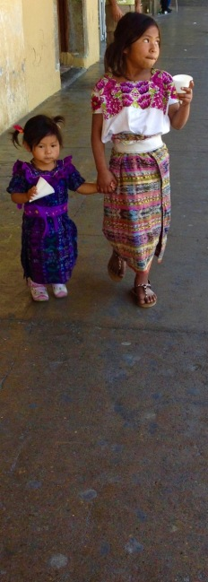 guatemala_antigua_people2-1
